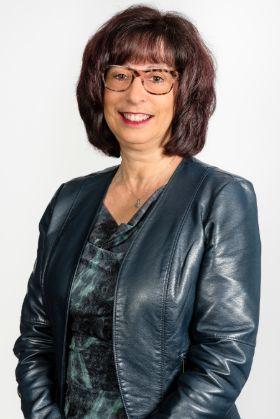 Celine Paradis, cabinet comptable à Montréal - Girard et Associé CPA à Montréal