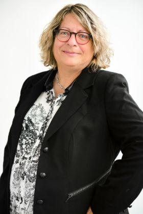 Michèle Véronneau, cabinet comptable à Brossard - Girard et Associé CPA à Brossard